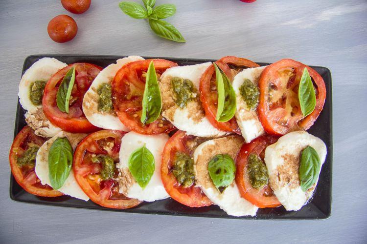 easy keto caprese salad