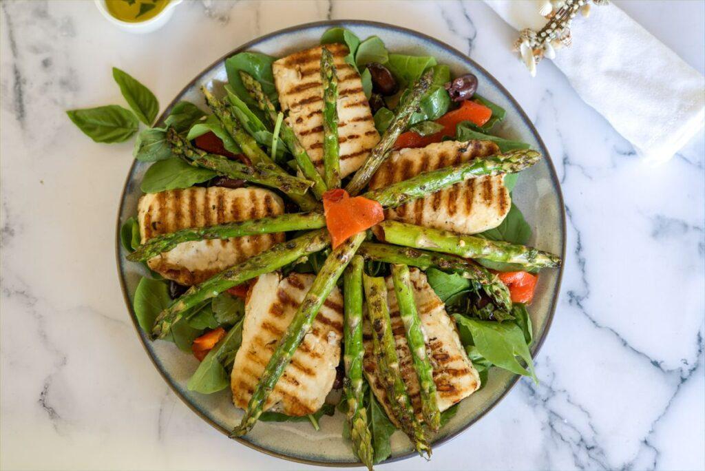 halloumi asparagus salad