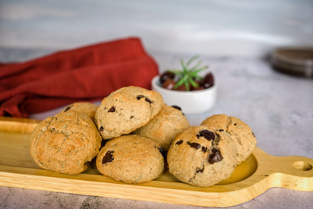 rosemary olive bread rolls
