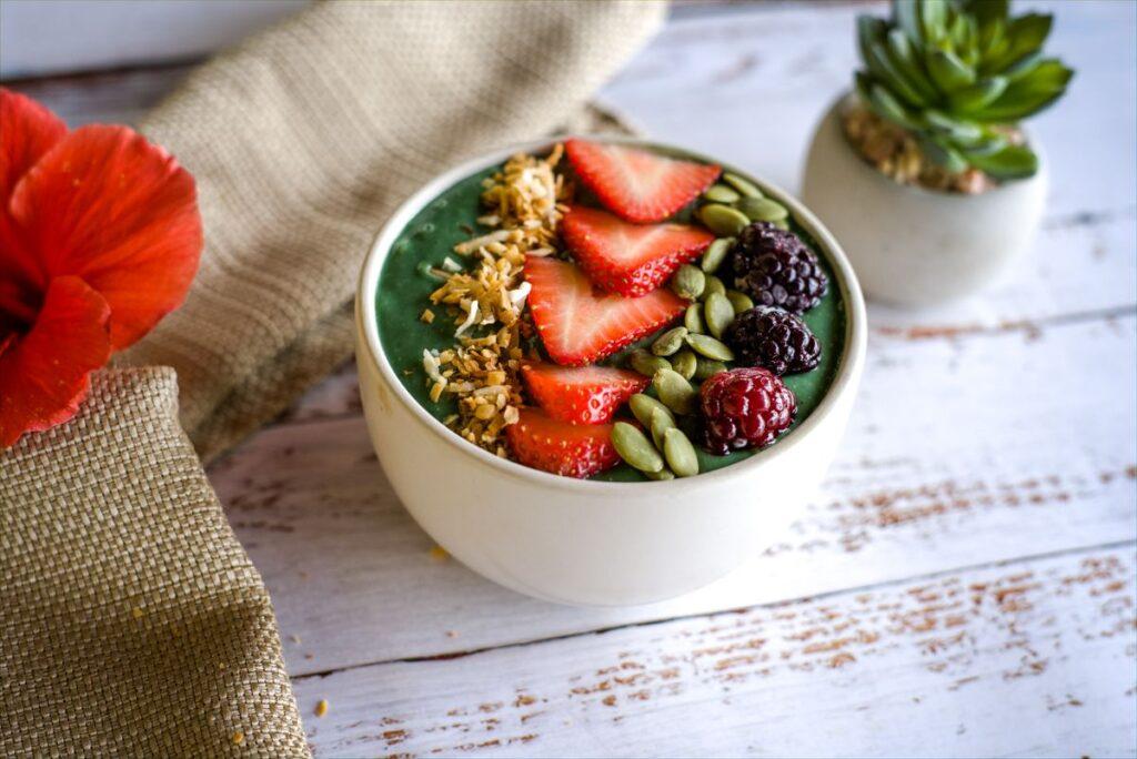 keto smoothie bowl