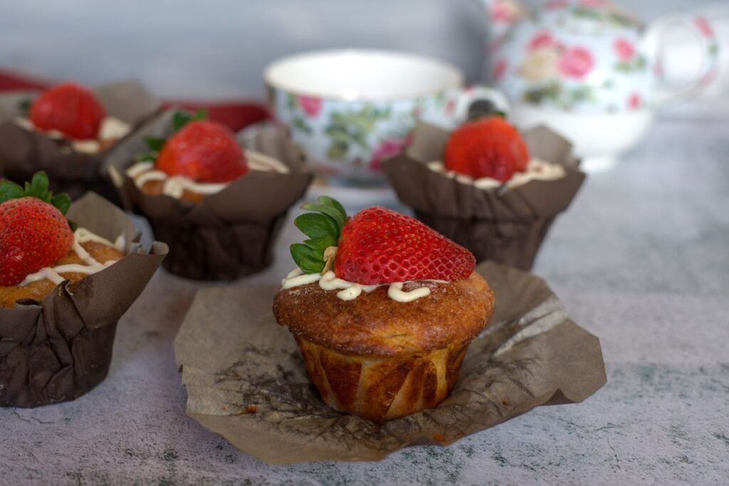 coconut flour strawberry mufifns