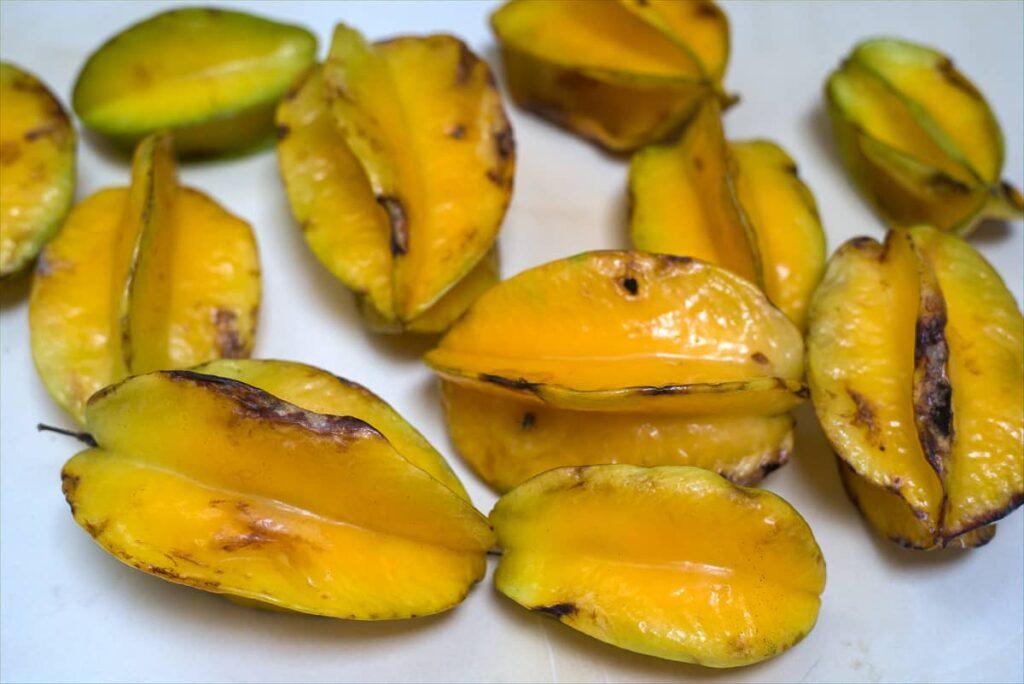 ripe star fruits
