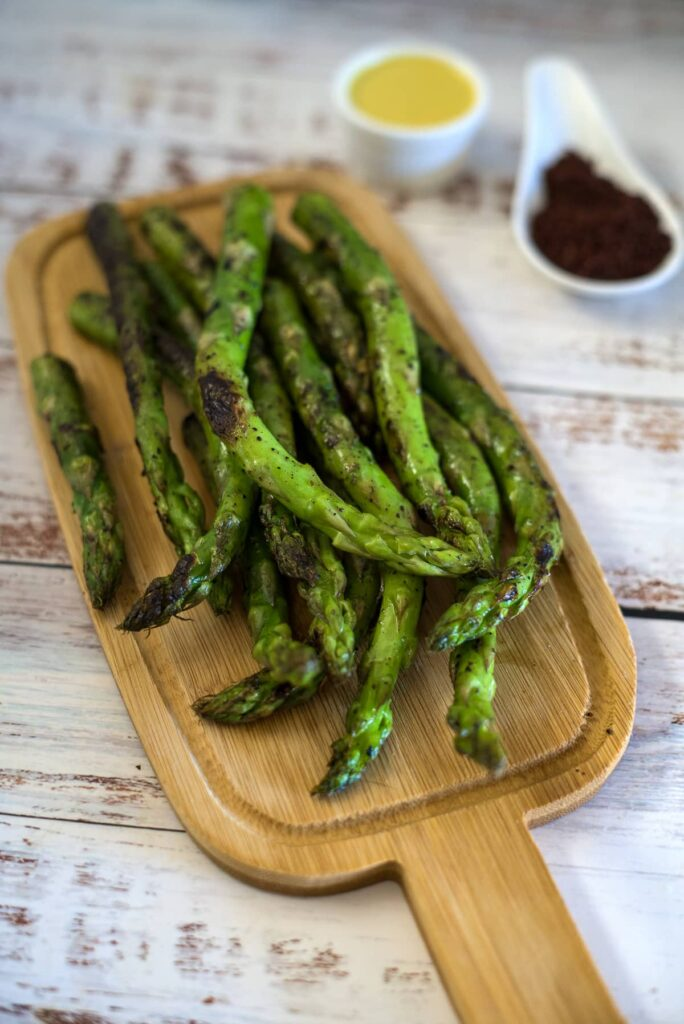 sumac asparagus