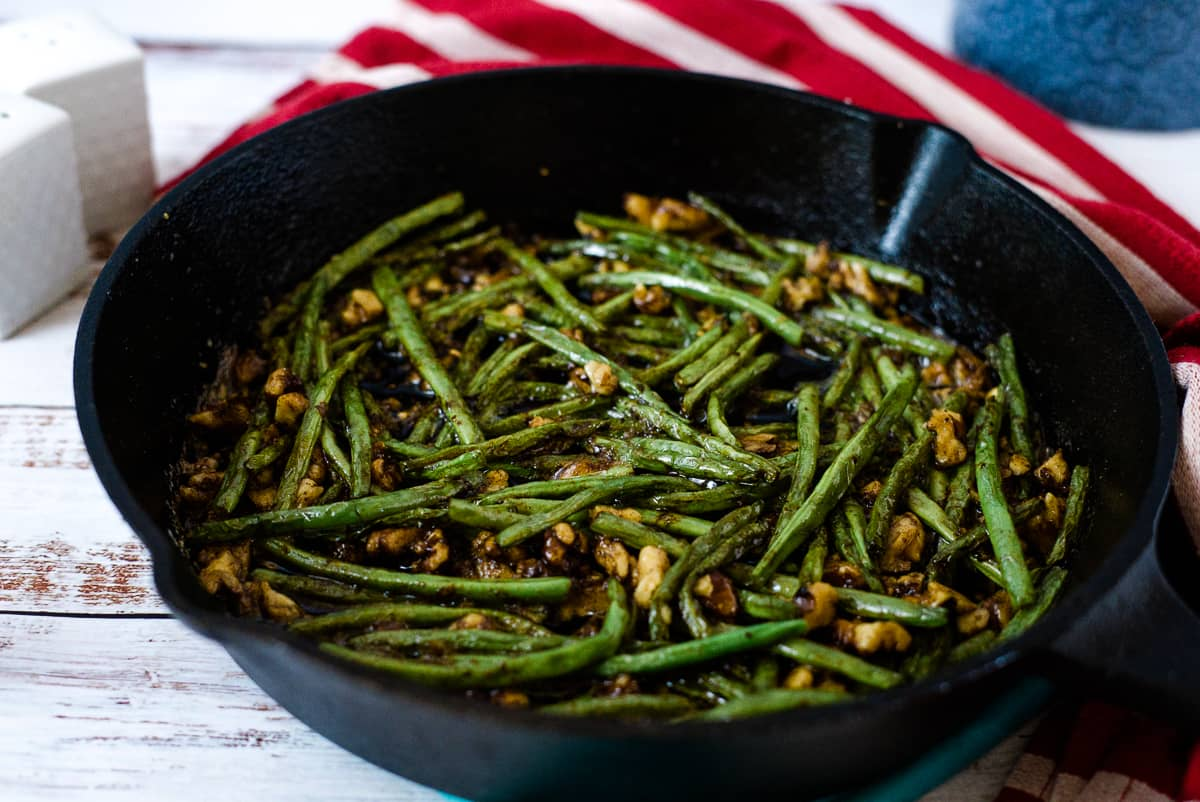 beans with walnuts
