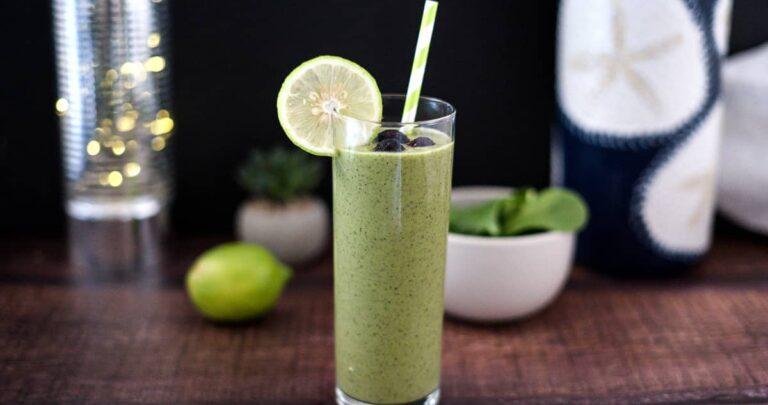 keto smoothie with avocado