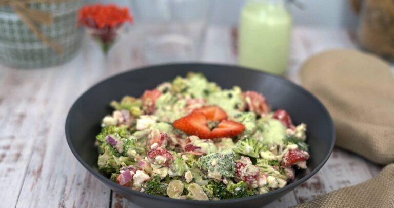 broccoli strawberry salad with feta cheese
