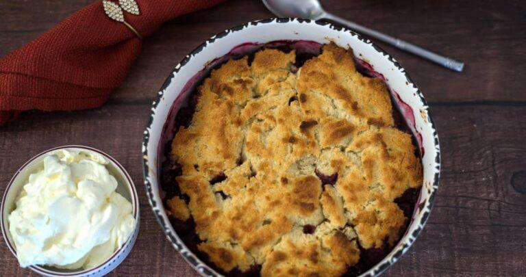 low carb blackberry cobbler