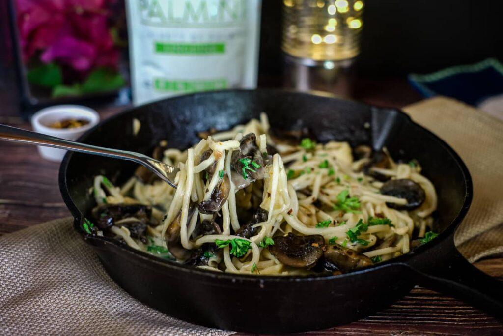mushroom brie pasta